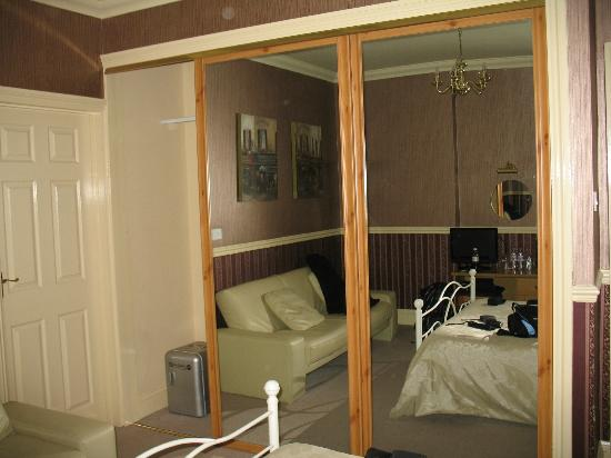 Oakover Guest House: Room 4