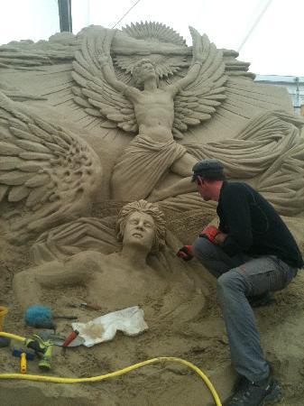 Weymouth, UK: Sandworld Sand Sculpture 2012 Icarus Fergus Mulvany