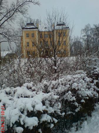 The Archbishops' Palace: Duży Pałac zimą.