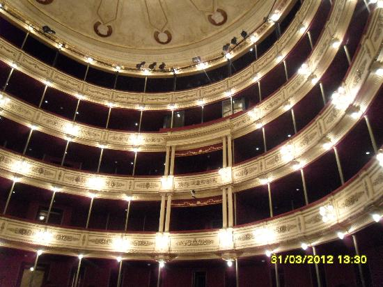 Teatro Solis: Vista interna da aprecentacao