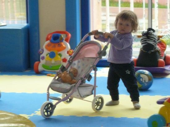 Cavallino Bianco Family Spa Grand Hotel: Giorgia al baby lino
