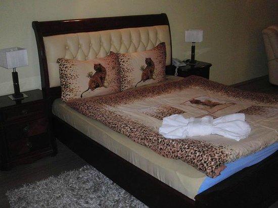Hotel Begolli: Room 502