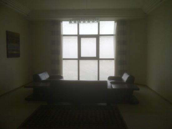 Ewa Hotel Apartments : Sitting Area in the Floor Hall