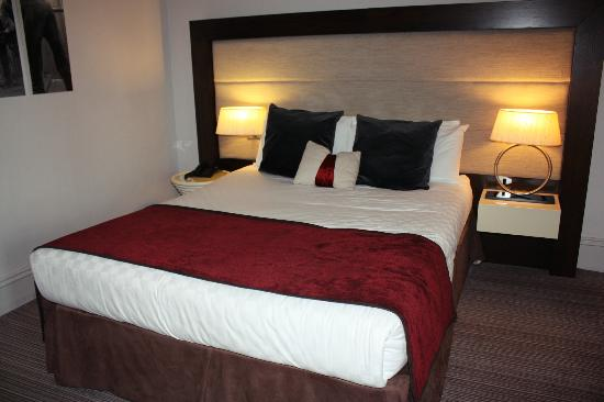 Mercure Aberdeen Caledonian Hotel: The bed