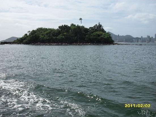 Balneário Camboriú, SC: isla desde el barco
