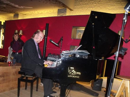 Glenns: Le pianiste