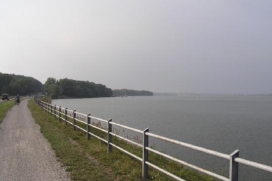 """Rybnik Sea"" power plant reservoir, recreational area. Bicycle road (Zalew Rybnicki)"
