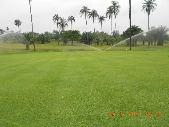 Le Meridien Ibom Hotel & Golf Resort: Golf course