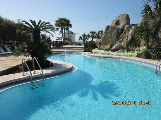 Portside Resort : one of the three pools
