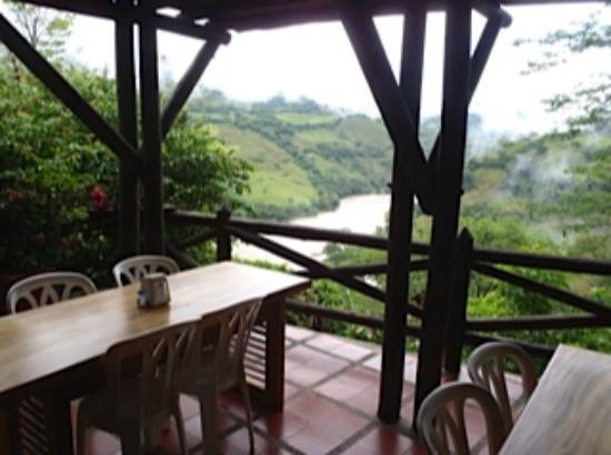 Mirador del Pipinta: Dining area