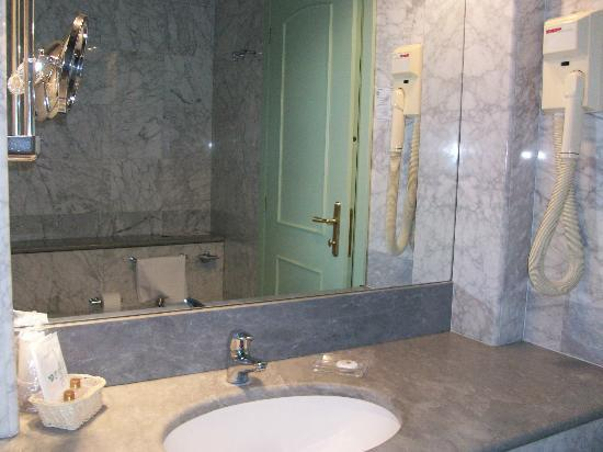 Terme Venezia Hotel: bagno in marco