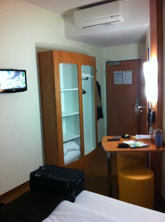 B&B Hotel Dresden: Das Zimmer