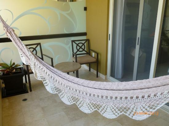 Villa del Palmar Cancun Beach Resort & Spa : balcon avec hamac