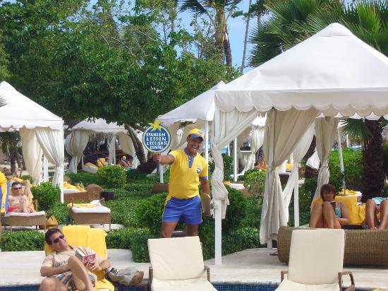 Iberostar Grand Hotel Bavaro: Boom Boom - Holding the