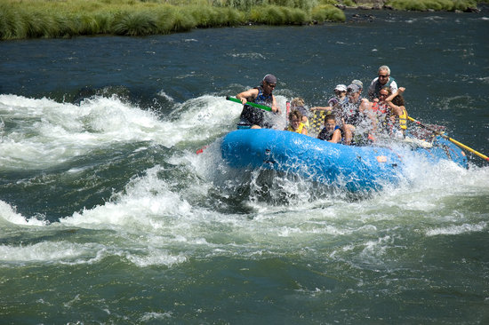 Merlin, Oregón: Lots of splashes and fun with Ferron's Rogue River Fun Trips