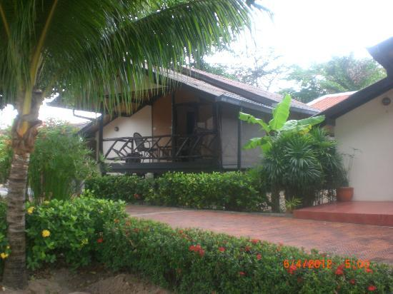 Secret Garden Beach Resort: Garden Bungalow