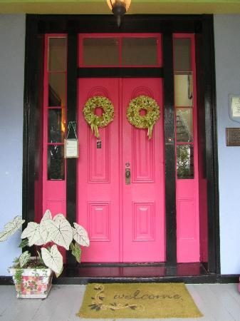High Meadows Inn : A welcoming front door