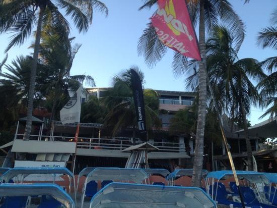 Hotel Windsurf Paradise: Desde la playa El Yaque