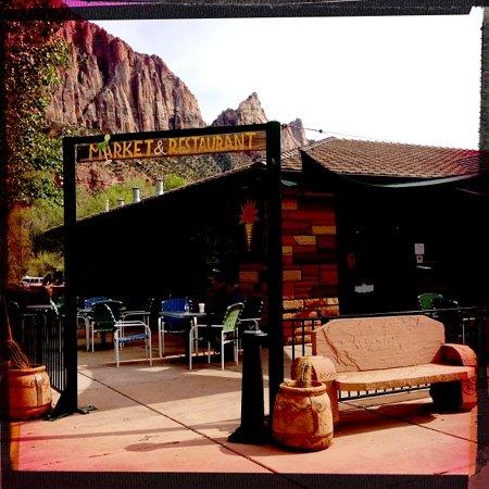 Zion Canyon Brew Pub: Sol Food restaurant Zion Park