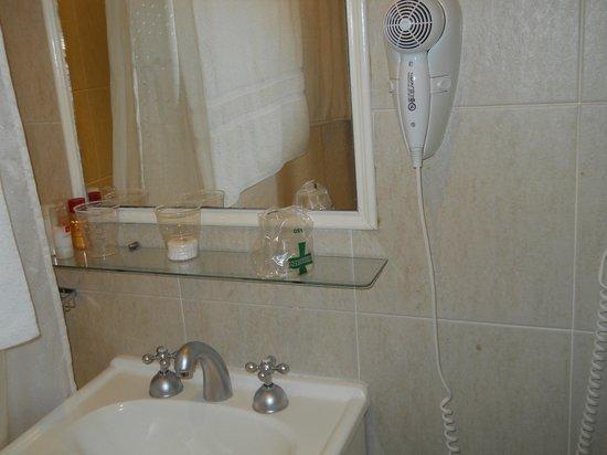 Ker Belgrano Apart & Spa: amenities del baño