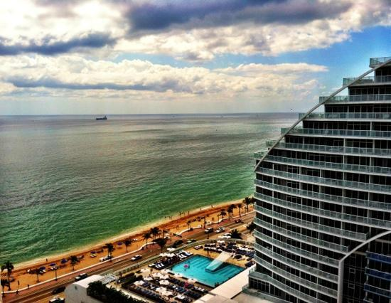 Hilton Fort Lauderdale Beach Resort: great view from room!