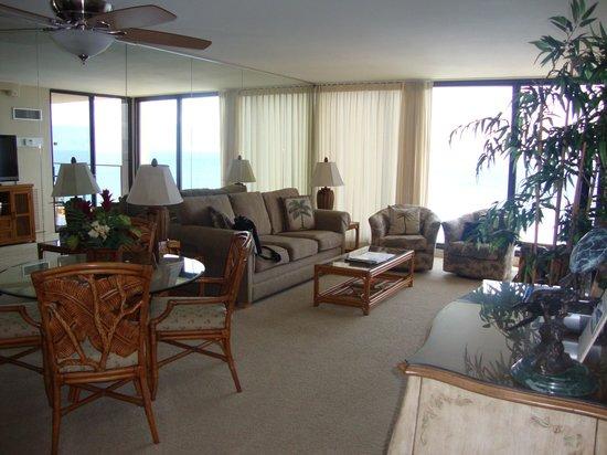 Aston Mahana at Kaanapali: Lounge/dining