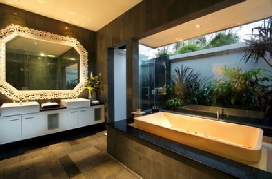 Nunia Boutique Villas: bathroom