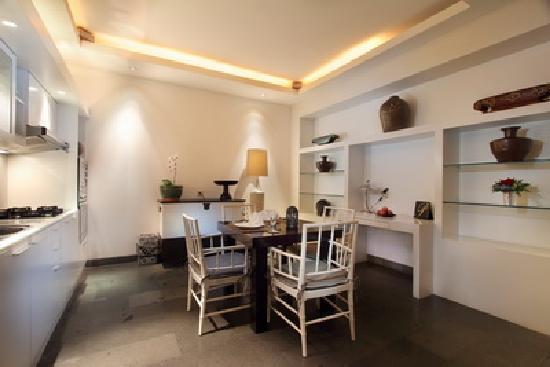 Nunia Boutique Villas: one bedroo dining