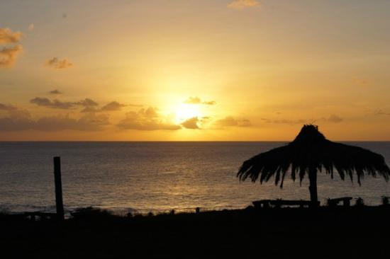 Iorana Hotel : Sunset
