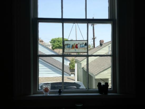 Elysian Fields Inn: Kitchen window