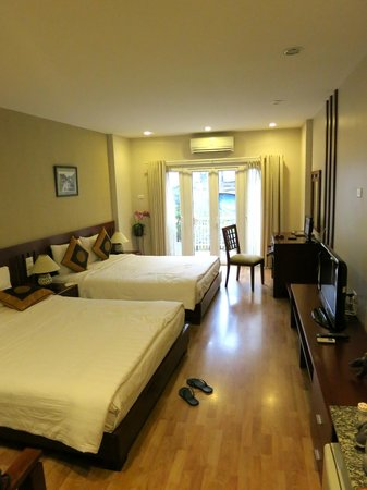 Golden Land Hotel: family suite