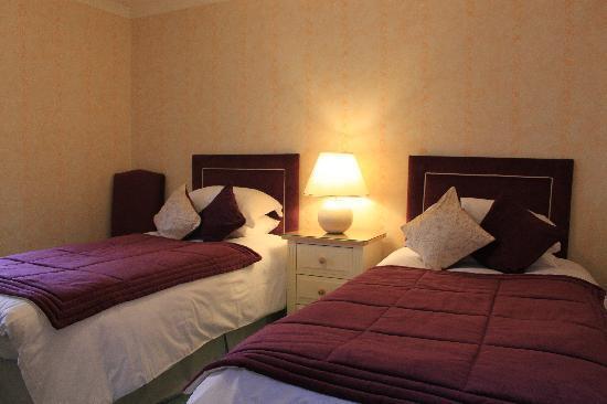 Morven Guest House : Ensuite Bedroom 3