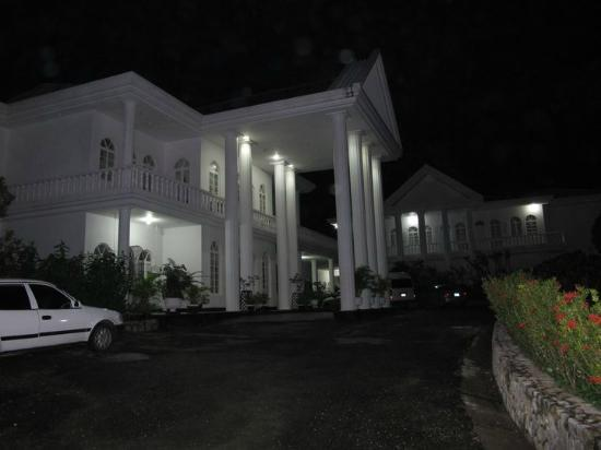 Jamaica Palace Hotel: Frente