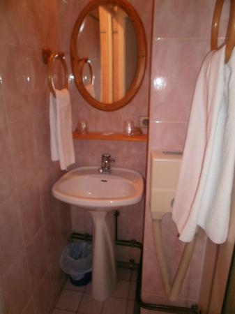 Hotel du Centre: Le lavabo