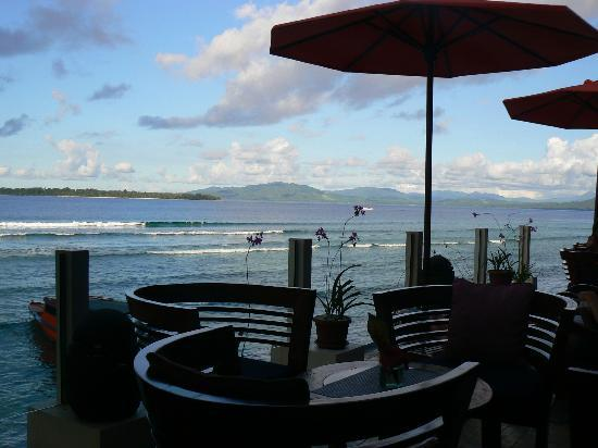 Bunaken Cha Cha Nature Resort: The view from the dining area