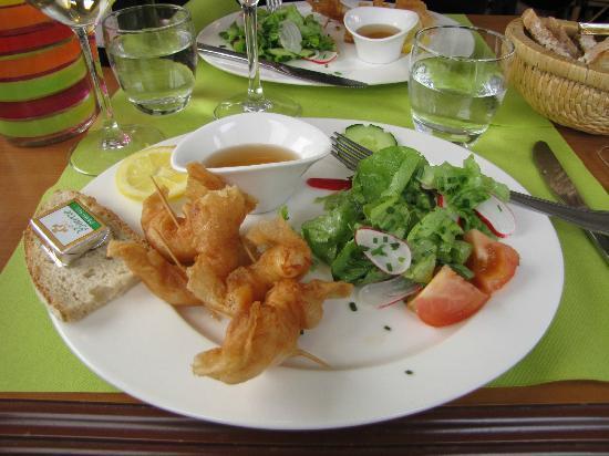Les Copains d'a Bord: Oriental shrimp appetizer plate - delicious!!