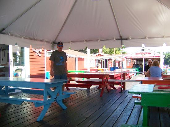 Chauncey Creek Lobster Pier: tables under the tent.