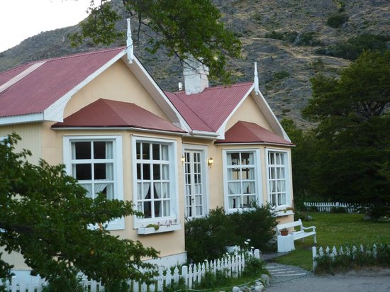 Hosteria El Pilar: hotel vooraanzicht