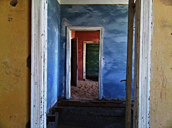 Le village fantôme de Kolmannskuppe : colours