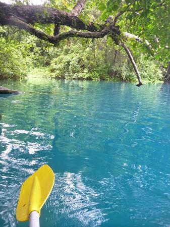 Bokissa Private Island Resort: Malo River blue pool