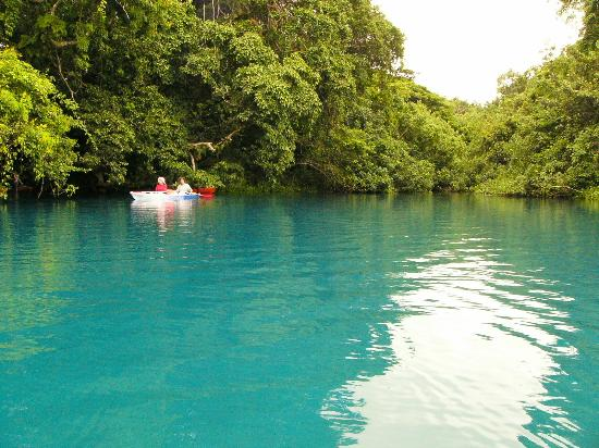 Bokissa Private Island Resort: Malo River Blue Pool