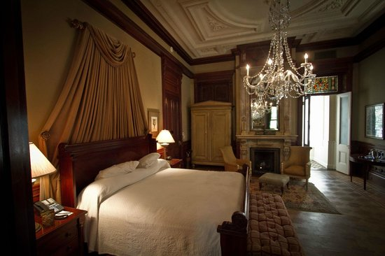 Wentworth Mansion: Master Suite Bedroom