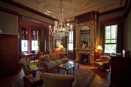 Wentworth Mansion: Master Suite Parlor