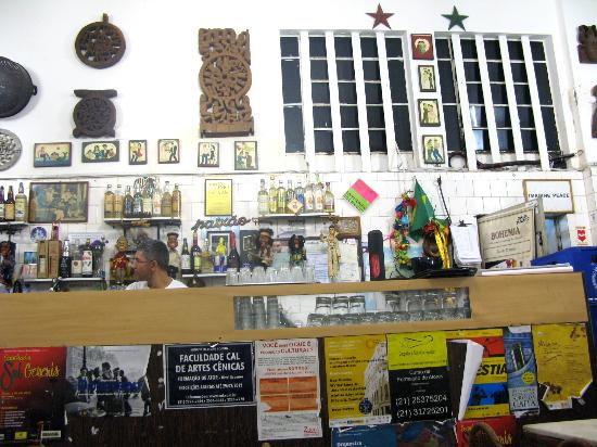 Maria Santa Teresa: Bar do Mineiro - a Santa Teresa institution, queues out the door on weekends