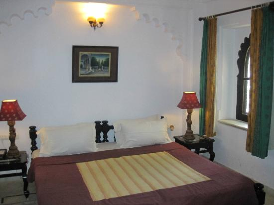 Amet Haveli: Double bed - actually 2 singles pushed together