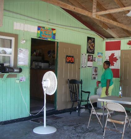"Yardie's Restaurant, Bar and Conch Stand : ""Yardie"" herself"