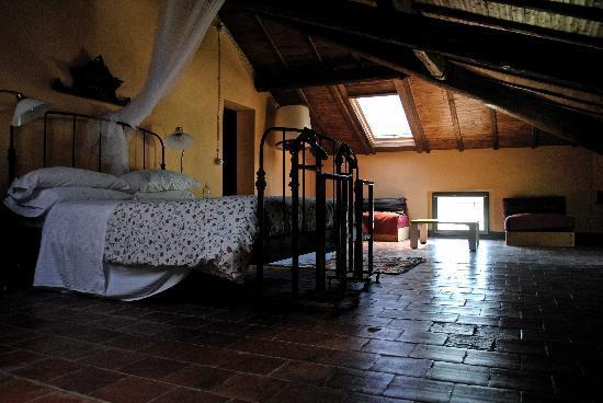 Tenuta Rivalazzo Agriturismo: Room Colombaia