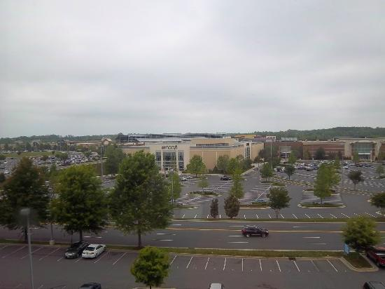 Drury Inn & Suites Charlotte Northlake : View from 517