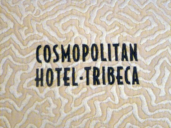 Cosmopolitan Hotel - Tribeca: Fine Detail of the Pillows on the Bed