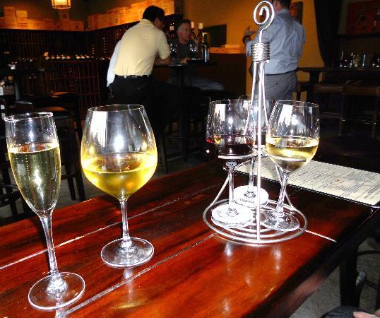 The Vine at Bridges : Pours